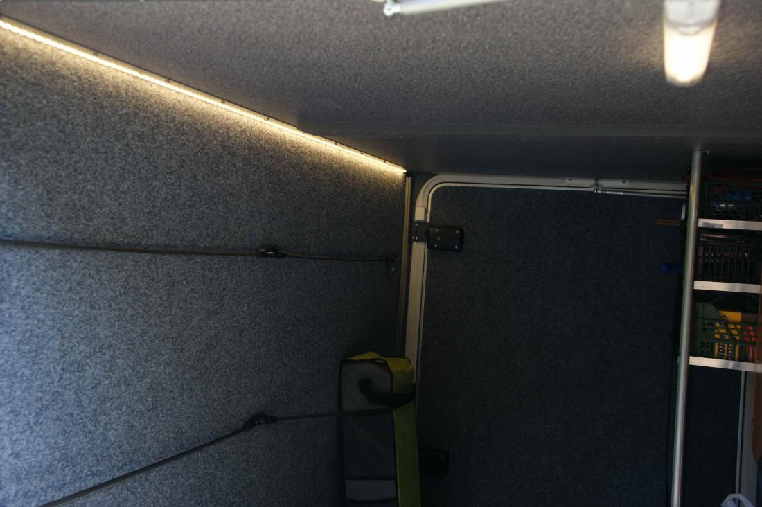 LED osvětlení garáže