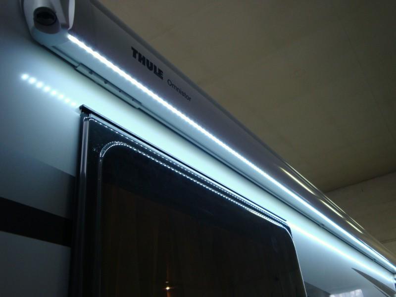 Markýza s LED